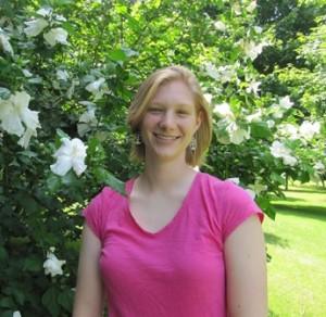 Michelle Marks Grad Picture (4)