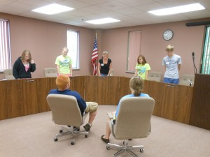 At Teen Court Panelist Training, experienced panelists conduct a mock trial.